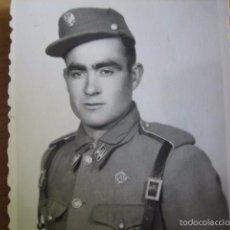 Militaria: FOTOGRAFÍA SOLDADO DEL EJÉRCITO ESPAÑOL. ESCUELA MILITAR DE MONTAÑA EMM JACA. Lote 56976655