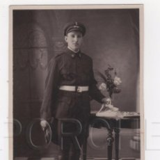 Militaria: 1 ARTILLERO CONDUCTOR, CON INSIGNIA EN GORRA DE AUTOMOVILISTA MOD. 1911. Lote 101570306