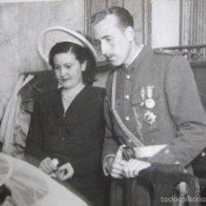 Militaria: FOTOGRAFÍA TENIENTE DEL EJÉRCITO ESPAÑOL. ÁVILA 1948. Lote 57036891