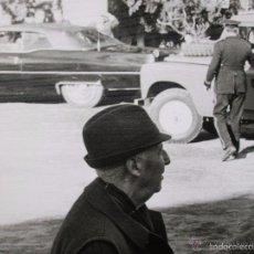 Militaria: FOTOGRAFIA DEL GENERAL FRANCO EN UNA CACERIA EN JAEN. GRAN FORMATO. FECHADA EN EL AÑO 1973.. Lote 57180648