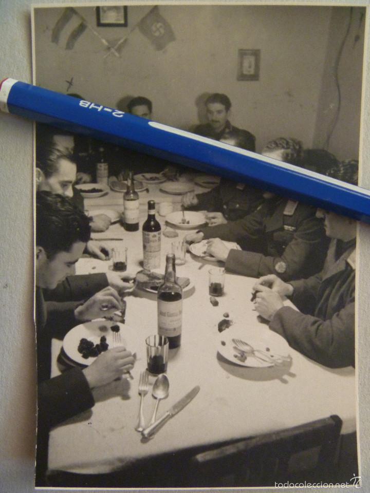 DIVISION AZUL : MILITARES AVIACION ESPAÑOLES DE LA 4ª ESCUADRILLA AZUL. UNO CON COLECTIVA. 1943 (Militar - Fotografía Militar - II Guerra Mundial)