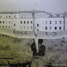 Militaria: FOTOGRAFÍA ESCUELA DE AEROMODELISMO. FRENTE JUVENTUDES. Lote 58362177