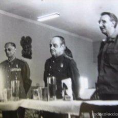 Militaria: FOTOGRAFÍA OFICIALES DEL EJÉRCITO ESPAÑOL.. Lote 58454967