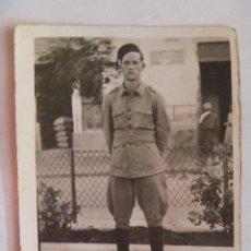 Militaria: GUERRA CIVIL : MILITAR DE REGULARES CON TARBUSH Y FAJA .. Lote 58558419