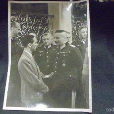 Militaria: FOTOGRAFIA II GUERRA MUNDIAL -. EL MINISTRO DEL REICH DR. GOEBBELS Y VARIOS GENERALES. Lote 59636551
