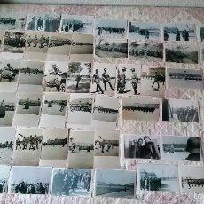 Militaria: LOTE 63 FOTOS DIVISIÓN AZUL JURA DE UN BATALLÓN DE MARCHA,RELEVO TROPAS CAMPAMENTO ALEMAN HÖF 1943. Lote 123484468