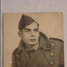 Militaria: ANTIGUA FOTOGRAFIA DE JOVEN MILITAR.PERIODO GUERRA CIVIL?? FOTO ORTEGA.BARCELONA.. Lote 62154136