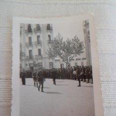 Militaria: FOTO ORIGINAL DE DESFILE DEL BANDO NACIONAL - GUERRA CIVIL - TETUTAN - 1938 - GUERRA CIVIL. Lote 62201116