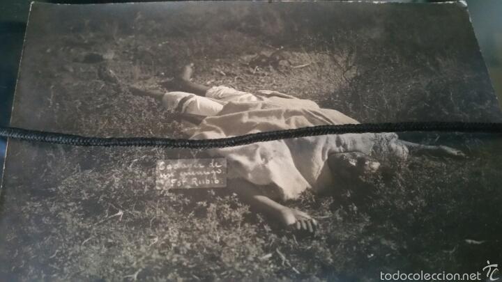 FOTOGRAFÍA DE LA GUERRA DE ÁFRICA MORO MUERTO EN COMBATE DESASTRE DE ANNUAL (Militar - Fotografía Militar - Otros)