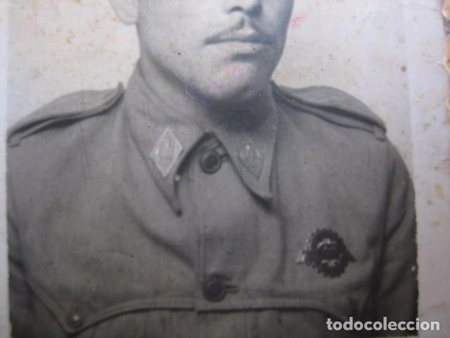 FOTOGRAFÍA SOLDADO AUTOMOVILISMO DEL EJÉRCITO ESPAÑOL. CONDUCTOR 1945 (Militar - Fotografía Militar - Otros)