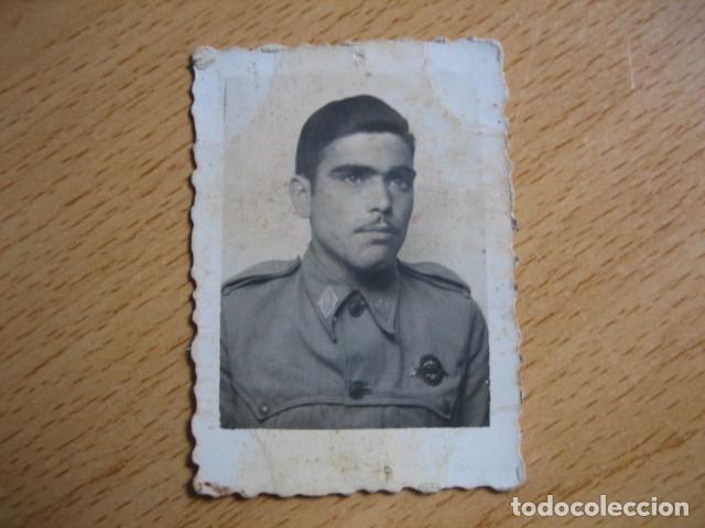 Militaria: Fotografía soldado automovilismo del ejército español. Conductor 1945 - Foto 2 - 62602380