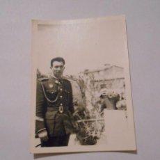 Militaria: FOTOGRAFIA ANTIGUA HOMBRE MILITAR DE UNIFORME. TDKP8. Lote 62621636