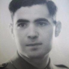 Militaria: FOTOGRAFÍA SOLDADO AMETRALLADORAS DEL EJÉRCITO ESPAÑOL. BATALLÓN DE AMETRALLADORAS ALMERÍA. Lote 62991196