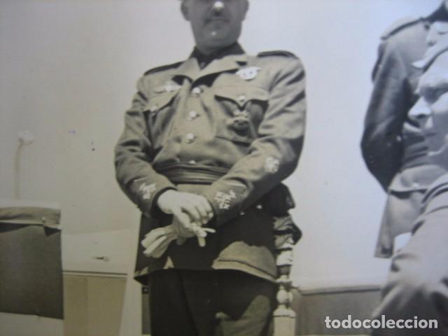 Militaria: Fotografía Franco capitán general de aviación. Concentración aérea Barajas 1939 - Foto 4 - 63756163