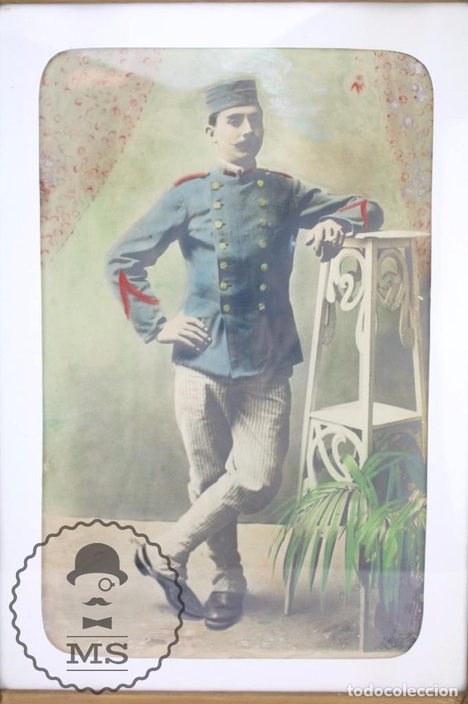 Militaria: Antigua Fotografía Coloreada con Marco de Época - Soldado Guerra de Marruecos / Rif / Riff- c. 1910 - Foto 2 - 65032471