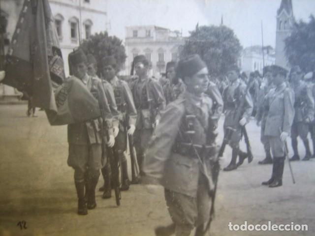 Militaria: Fotografía soldados Regulares. Jura de bandera Melilla 1944 - Foto 3 - 66045818