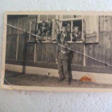 Militaria: ANTIGUA FOTOGRAFÍA CREO QUE SOLDADOS ALEMANES II GUERRA MUNDIAL ALEMANIA. EJERCITO NAZI. Lote 70190049
