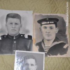 Militaria: LOTE TRES FOTOS .MARINERO I DOS SOLDADOS SOVIETICOS .URSS. Lote 70286385