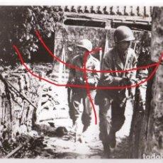 Militaria: II GUERRA MUNDIAL FOTO ORIGINAL AGENCIA PRENSA SOLDADOS AMERICANOS EN GERUMA. Lote 71726275