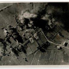 Militaria: FOTOGRAFIA II GUERRA MUNDIAL - LAS FORTIFICACIONES RUSAS BAJO EL BOMBARDEO DE LOS STUKAS. Lote 73669879