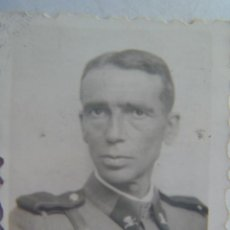 Militaria: GUARDIA CIVIL : FOTO CARNET DE SARGENTO CUARDIA CIVIL-CARABINERO , 1940. Lote 73955791