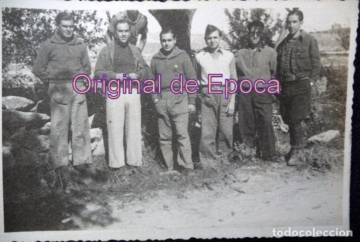 (JX-170253) FOTOGRAFIA VOLUNTARIOS DEL EJERCITO POPULAR CATALÁN, PROBABLEMENTE FRENTE DE GUADALAJARA (Militar - Fotografía Militar - Guerra Civil Española)