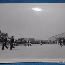 Militaria: FOTO ORIGINAL DESPEDIDA LEGÍÓN CONDOR BANDERA NAZI. Lote 76550347