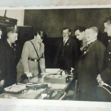 Militaria: FOTO POSTAL DE HITLER Y HESS, FOTÓGRAFO HEINRICH HOFFMANN. Lote 76633187