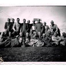 Militaria: FOTOGRAFÍA SOLDADOS CUERPO DE INGENIEROS - REGLAMENTO DEL 43 - 8,5 X 6 CM. Lote 80882343