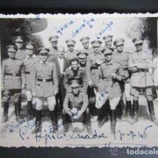 Militaria: ANTIGUA FOTOGRAFÍA CLUB HÍPICO LARACHE, MARRUECOS, AÑO 1946. Lote 81447644