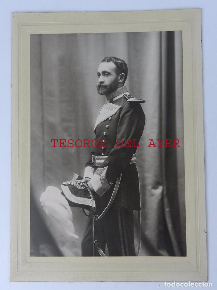 FOTOGRAFIA DE CABALLERO DE LA ORDEN MILITAR DE SAN JUAN DE JERUSALEN O DE MALTA, CON BICORNIO, GRAN (Militar - Fotografía Militar - Otros)