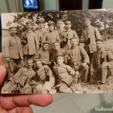Militaria: FOTOGRAFÍA SOLDADOS ALEMANES CELEBRANDO. Lote 85261676