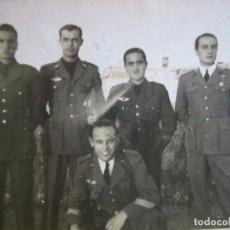 Militaria: FOTOGRAFÍA SARGENTOS AVIACIÓN. 1942. Lote 85942204