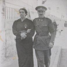Military - GUERRA CIVIL: MANDO DE SECCION FEMENINA ( EMBLEMA MUSSOLINI ) Y COMANDANTE FALANGE. CEUTA, 1937. - 86245992