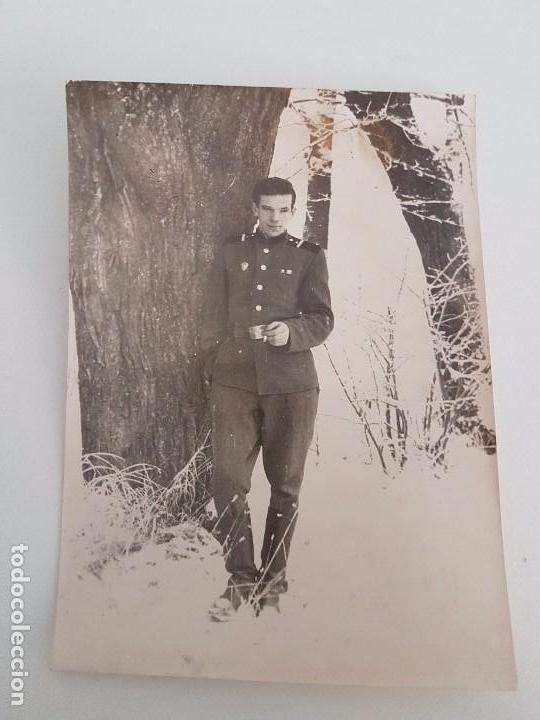 FOTOGRAFÍA SOLDADO RUSO FUMANDO (Militar - Fotografía Militar - II Guerra Mundial)