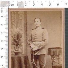 Militaria: FOTOGRAFÍA CDV MILITAR ALEMÁN BERLIN CON SABLE. Lote 88165052