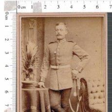 Militaria: FOTOGRAFÍA CDV MILITAR ALEMÁN BERLIN CON SABLE. Lote 88165152