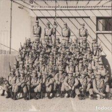 Militaria: FOTO DE UNA COMPAÑIA DE RECLUTAS EN UN C.I.R.. Lote 91404525