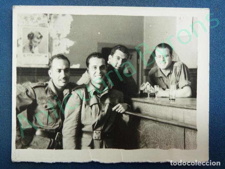 Fotografía antigua original soldados en una can comprar en