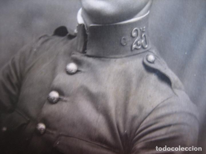 Militaria: Fotografía soldado del ejército español. Regimiento infantería 25 - Foto 3 - 93613465