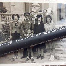Militaria: CAPITÁN DE INGENIEROS CON ROKISKI EN EL PECHO. AÑO 1941.. Lote 94213410