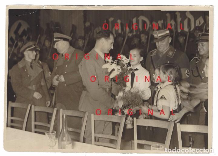 RUDOLF HESS EN UN ACTO PÚBLICO (Militar - Fotografía Militar - II Guerra Mundial)