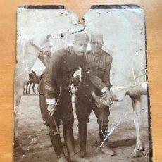 Militaria: ANTIGUA FOTOGRAFÍA MILITAR SOLDADOS HERRANDO CABALLO FINALES SIGLO XIX. Lote 94945951