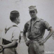 Militaria: FOTOGRAFÍA SOLDADOS DEL EJÉRCITO ESPAÑOL. SIDI IFNI. Lote 96027115