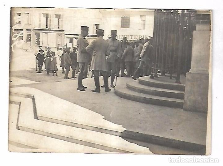 Militaria: LOTE DE FOTOS DEL GENERAL AMERICANO HUMBERT ENTRE ELLAS PETAIN, INFREVILLE. LEER DORSO - Foto 28 - 112519887