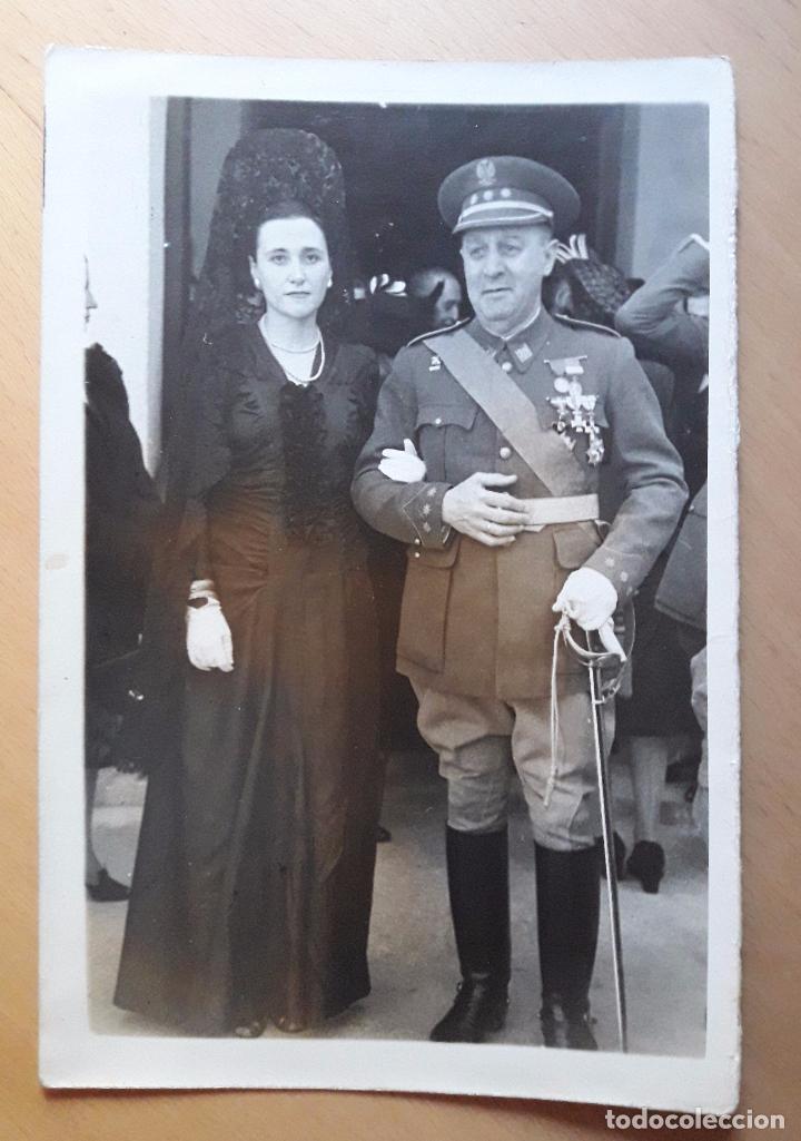 Militaria: Coronel en una boda y otro uniforme a identificar-Quirós- Madrid 1947 - Foto 2 - 97708623