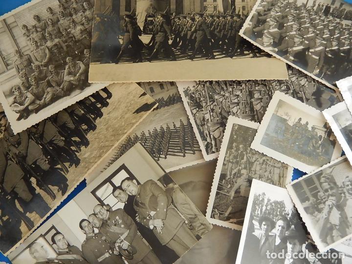 LOTE DE FOTOGRAFÍAS. OFICIAL EJÉRCITO. POSIBLEMENTE DE INTENDENCIA. (Militar - Fotografía Militar - Otros)