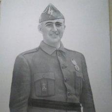 Militaria: FOTOGRAFÍA DE FRANCISCO FRANCO BAHAMONDE. JEFE DEL ESTADO ESPAÑOL. 30 X 21 CM.. Lote 98792303