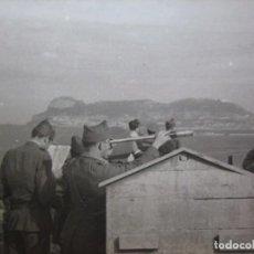 Militaria: FOTOGRAFÍA SOLDADOS DEL EJÉRCITO NACIONAL. CRUCE DEL ESTRECHO. Lote 98812043