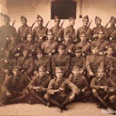 Militaria: FOTOGRAFIA ESCUADRON CABALLERIA - AÑOS 20. Lote 98816503
